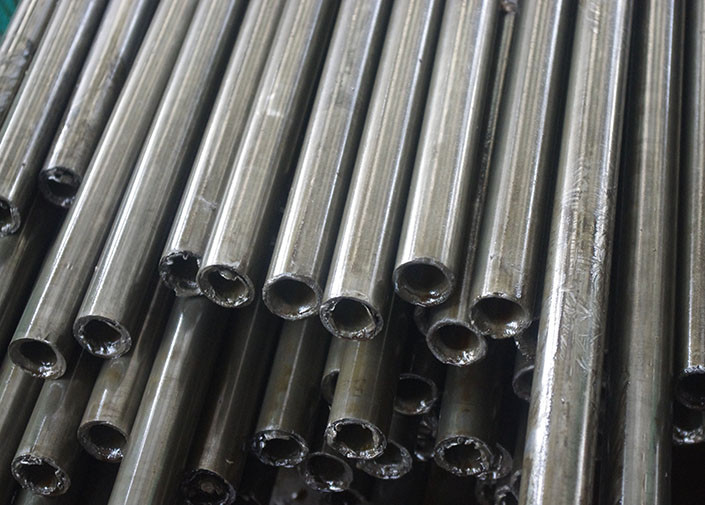 Din alloy seamless carbon steel pipe thick wall