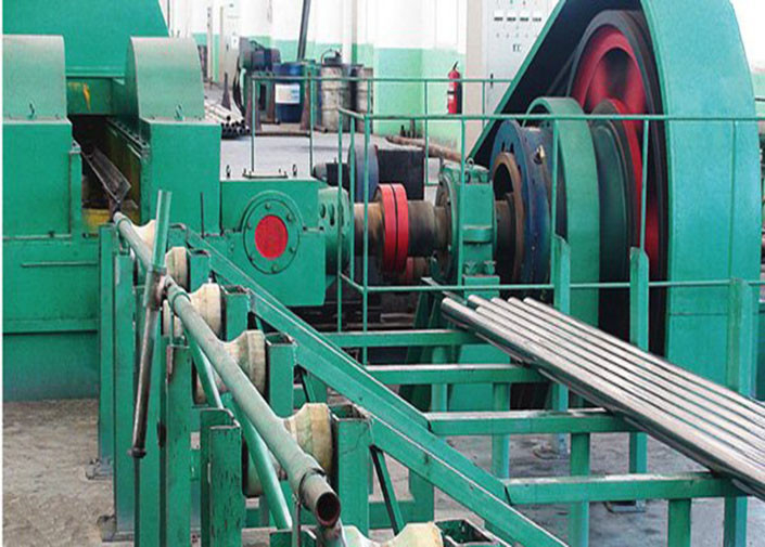 Seamless Stainless Steel Pipe Making Machine , Three Roller Pipe Cold Rolling Mill