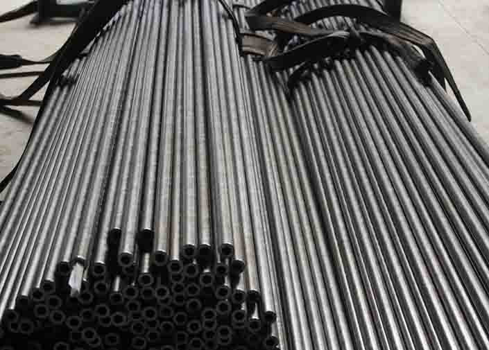 Stainless Steel DIN Cold Drawn Seamless Tube , Mild Carbon Steel Pipe
