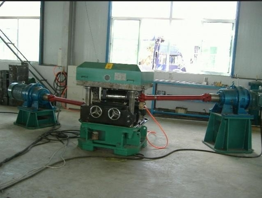 China 240mm Roll Straightening Machine With 30 M / Min For Roll Forming Machine factory